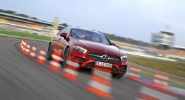 Test Mercedes CLS 450 4Matic: Mild hybrid coupe with four doors and 367 hp