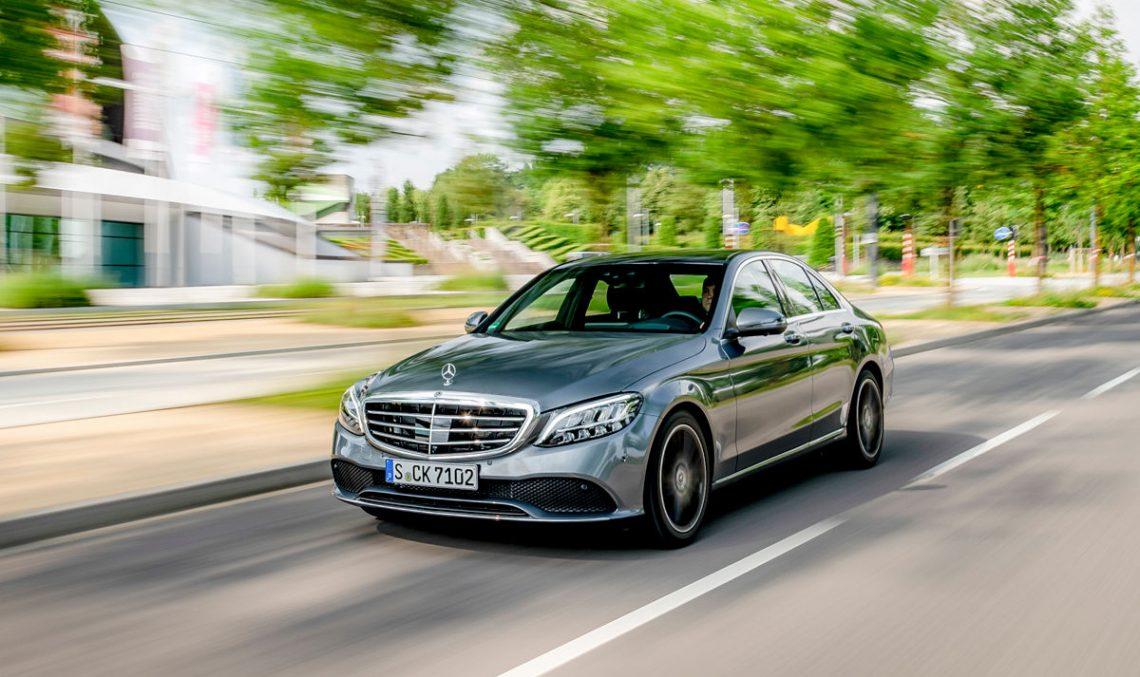 FIRST TEST 2018 Mercedes C-Class facelift: S-Class technology for the C-Class