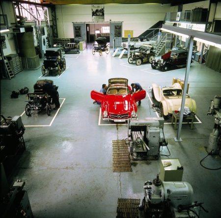 Mercedes-Benz Classic Center (4)