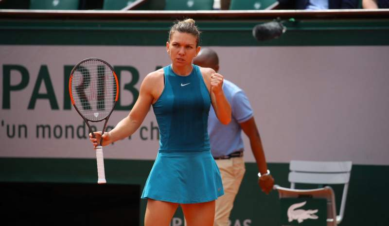 Mercedes benz brand ambassador simona halep wins the for Mercedes benz brand ambassador