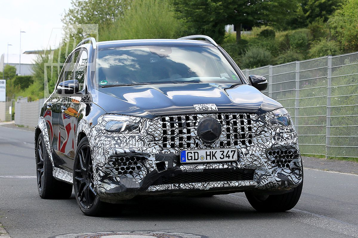 New spy pics all new mercedes amg gle 63 loses camouflage for Amg mercedes benz suv
