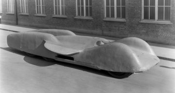 Mercedes-Benz T80 Record car from 1939: Oldtimer racer with 3,500 hp