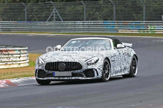 Mercedes-AMG GT R Roadster – The supercar chops off the roof