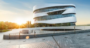 The Mercedes-Benz Museum – Time machine