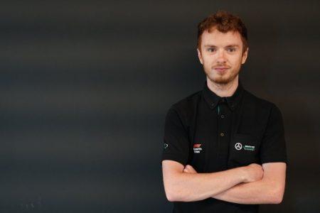 eSports racing team (4)