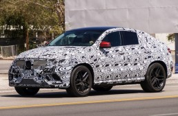 Future Mercedes MLC spotted on the road