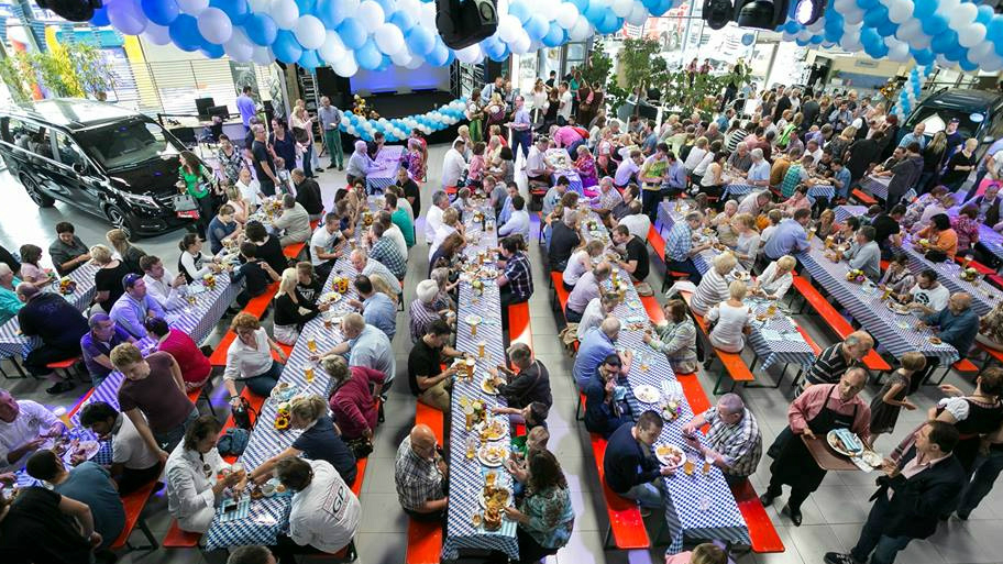 Mercedes-Benz Oktoberfest – Party In the Good Old German Way
