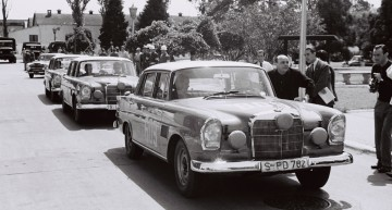 Mercedes-Benz 300 SE / W 112: 50th Anniversary of a Triple Triumph