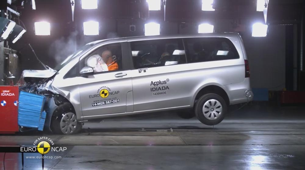 5 Stars Euro NCAP for the Five-stars Mercedes-Benz V-Class