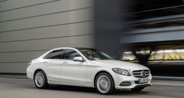 Over one million cars Mercedes-Benz sold in the first seven months of 2015