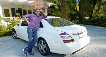 Kim's step father chose an S-Class instead of a G.