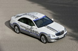 """Mercedes Vision S 500 Plug-In Hybrid: The First """"3 Litre Car"""" in the Luxury Class"""