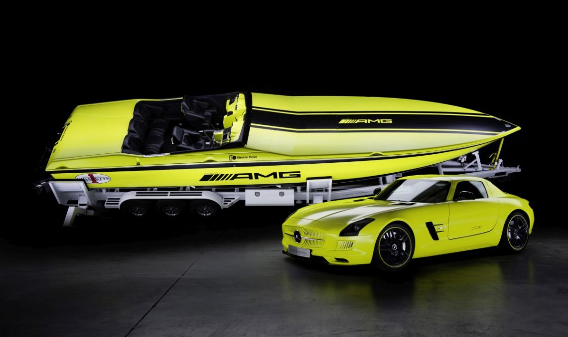 Cigarette Powerboats Complying With Mercedes-Benz AMG Models
