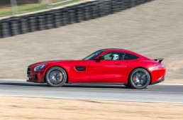 First review Mercedes AMG GT S by auto motor und sport