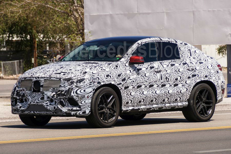 First Co-driver Review Mercedes GLE Coupe by Auto Bild