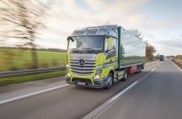 Daimler announces revolutionary European truck toll system