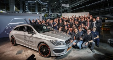 First Mercedes-Benz CLA Shooting Brake Rolls off the Production Line at Kecsemet