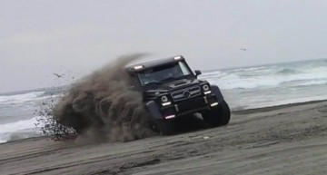 Brabus tuned G63 AMG 6×6 playing in the Chilean sand