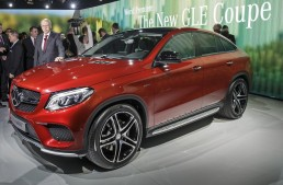 LIVE: Watch the Mercedes-Benz expert talks at NAIAS 2015. VIDEO