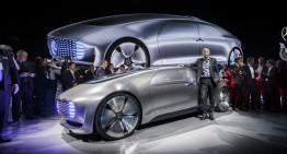 Daimler CEO Dieter Zetsche plotting Apple, Google alliance
