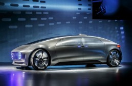 Official: Mercedes F 015 Luxury in Motion concept debuts at CES 2015