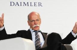 Dieter Zetsche isn't worried about Apple building the iCar