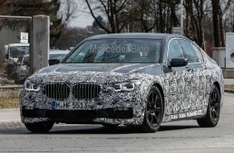 New BMW 7-Series – Mercedes-Benz S 65 AMG rival spied in M Package guise