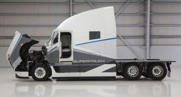 Official: Daimler Supertruck of the future
