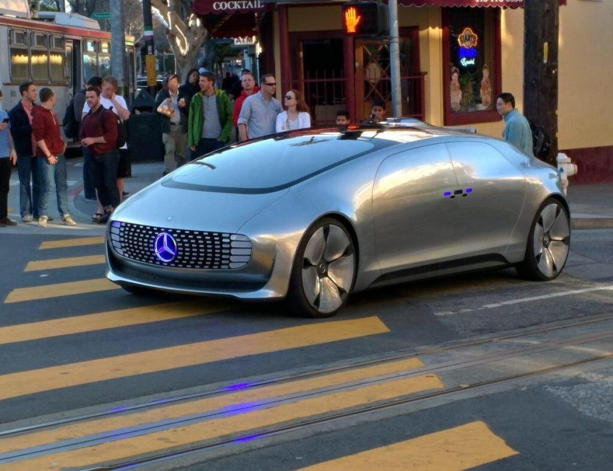 Mercedes Benz San Francisco >> Mercedes Benz F 015 Luxury In Motion Rumbling In San Francisco