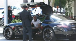 Kevin Hart spotted in his Mercedes-Benz SLS AMG