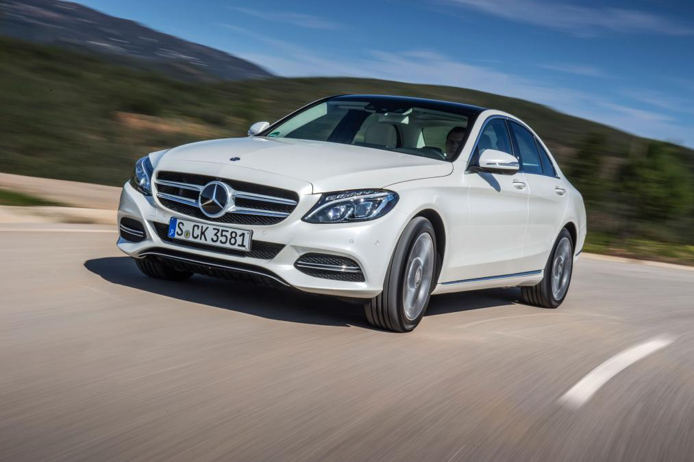 Mercedes Benz C350e Is The 2017 Green Car Of The Year Mercedesblog
