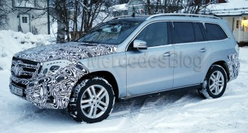 New spy shots of the facelifted Mercedes GLS