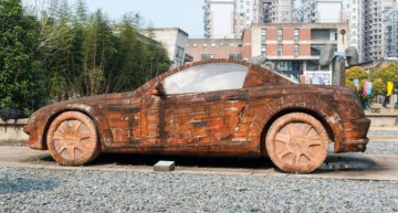 Chinese artist builds a Mercedes-Benz using only red bricks