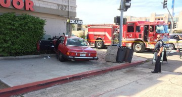 86-year old Granny crashes her old Mercedes into a liquor store. VIDEO