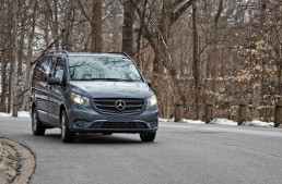 Mercedes-Benz unveil the Metris, the US Vito version