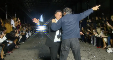 The fashion-crasher – Retiree ends up on the stage of Mercedes-Benz Fashion Week