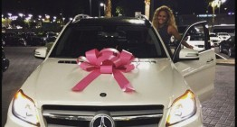 Floyd Mayweather gives Mercedes SUV to girlfriend