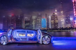 Mercedes-Benz and tech giant Baidu on the same team in China