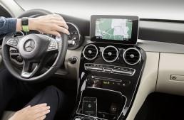 Mercedes announces Apple Watch Door-to-Door Navigation