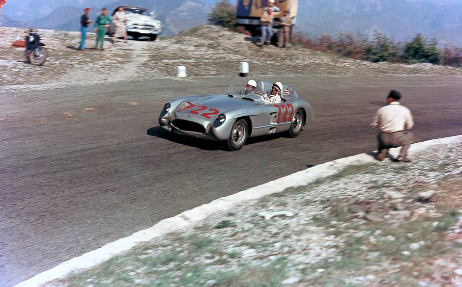 Unbeaten. Stirling Moss tells the story of the Mille Miglia