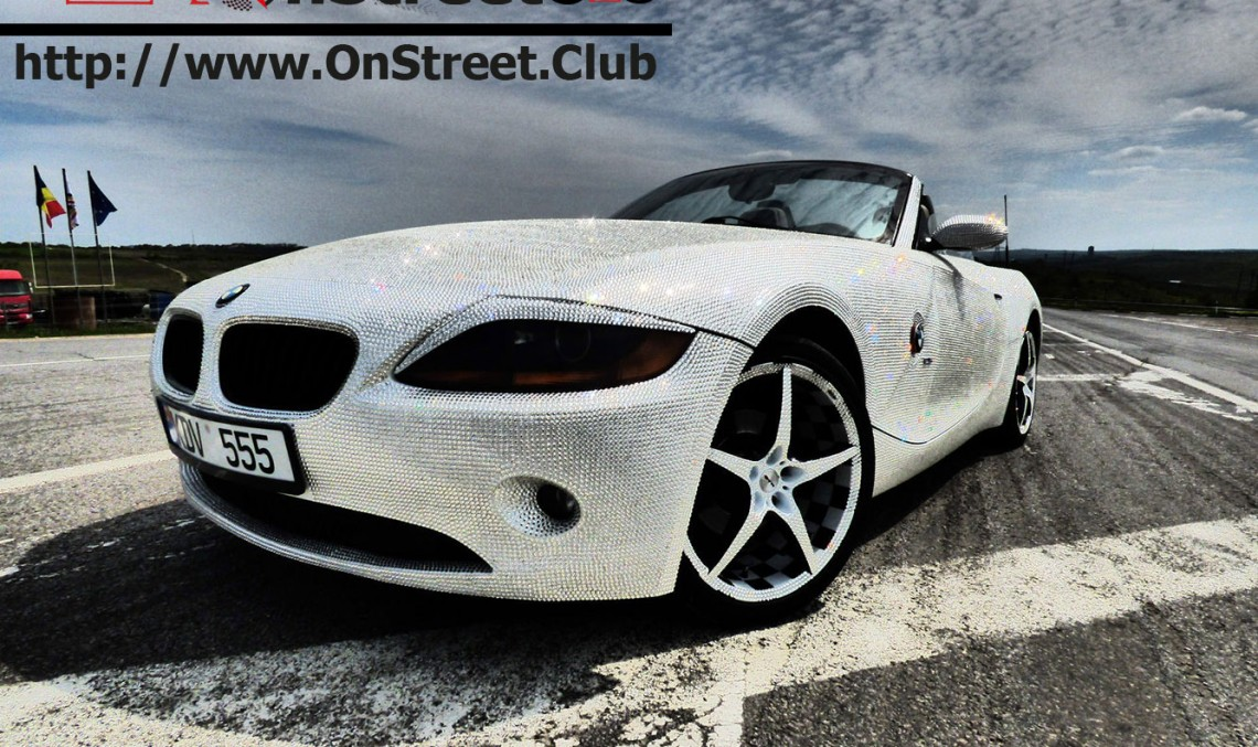 A BMW shines bright like the CLS: Twinkle, twinkle, little BMW Z4!