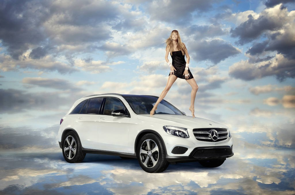 The fairy of pop-art and the Mercedes-Benz GLC – Hybrid by Nature