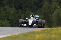 Austria F1 qualifying: Hamilton gets pole, Rosberg comes second