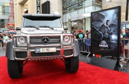 The Jurassic World Premiere – The Mercedes cars look so dino-mite!