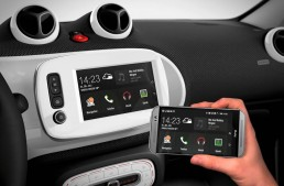 New smart features for both fortwo and forfour, MirrorLink® included