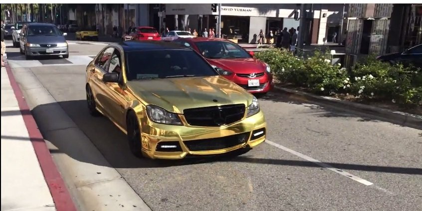 Some keep gold in their garage: the Mercedes C63 AMG