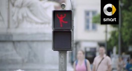 The smart way to wait for the green light: the dancing traffic lights