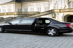 President of Nigeria wants to keep old Mercedes limousine