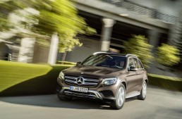 All-time best April, MBUSA reports. Rivals fuming behind