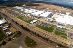 Daimler partners with Infiniti for new Mexico plant